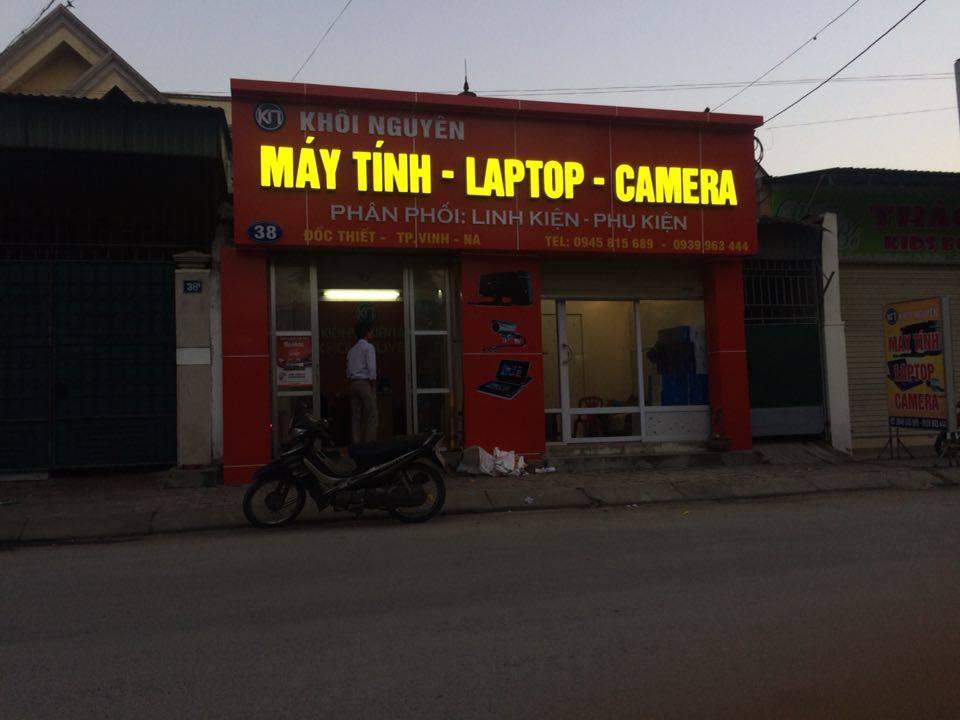 Mẫu biển quảng cáo máy tính thu hút