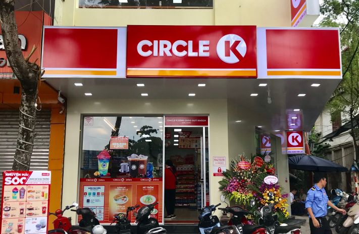 Biển quảng cáo cửa hàng tiện lợi Circle K